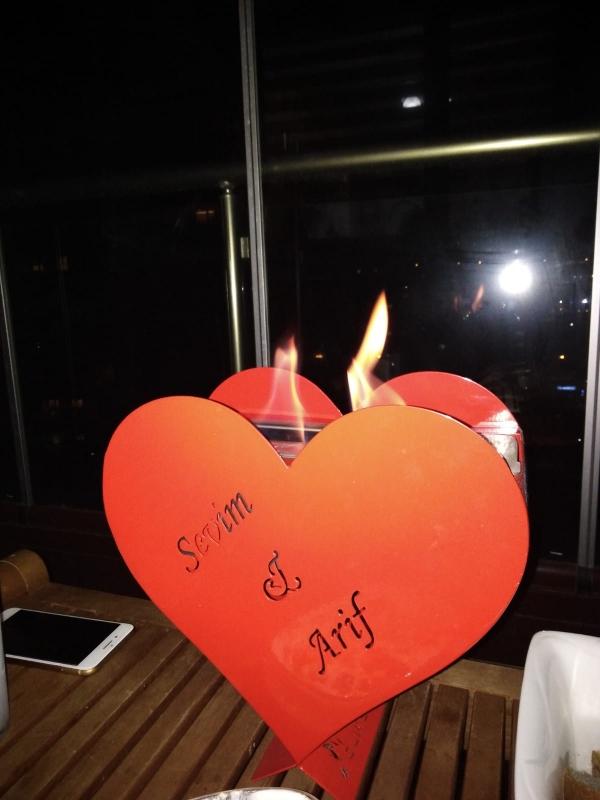 LOVE BACASIZ ŞÖMİNE
